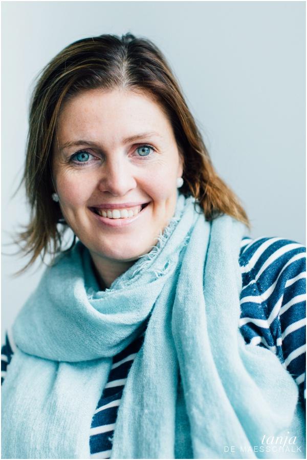 Dora Thorhallsdottir - relasjonstherapeut og også standupkomiker